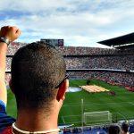 Voetballer Peter Crouch bedriegt vriendin met Algerijnse prostituee