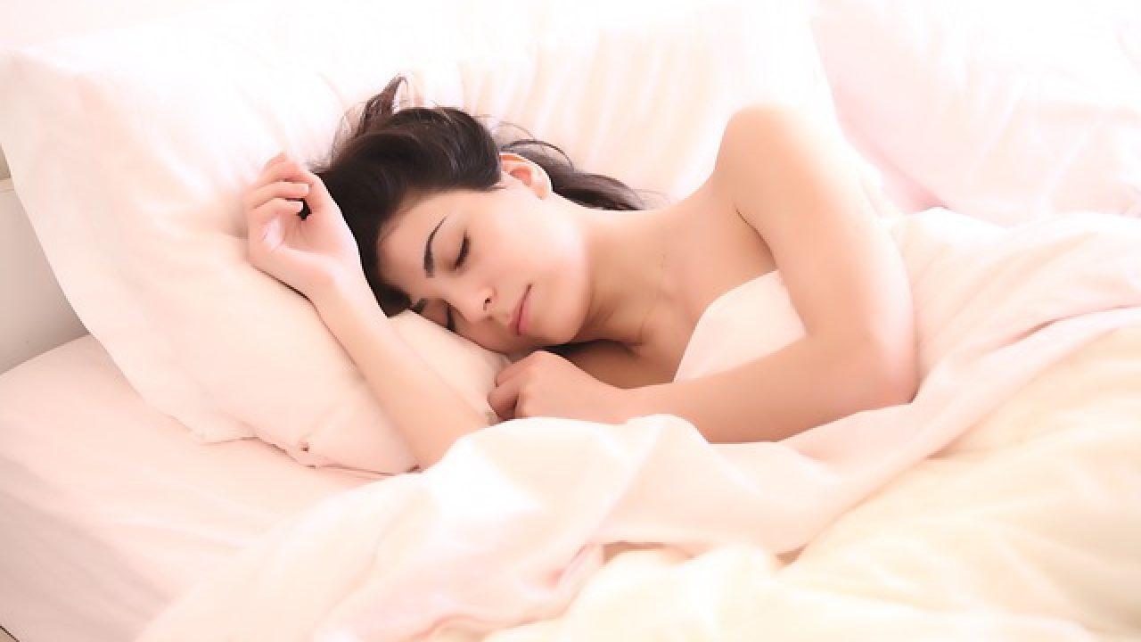 sliep met iemand anders, terwijl dating
