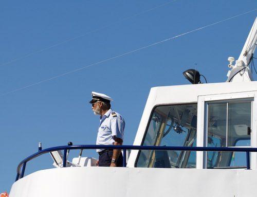 Duikbootcommandant simuleert eigen dood om affaire te beëindigen